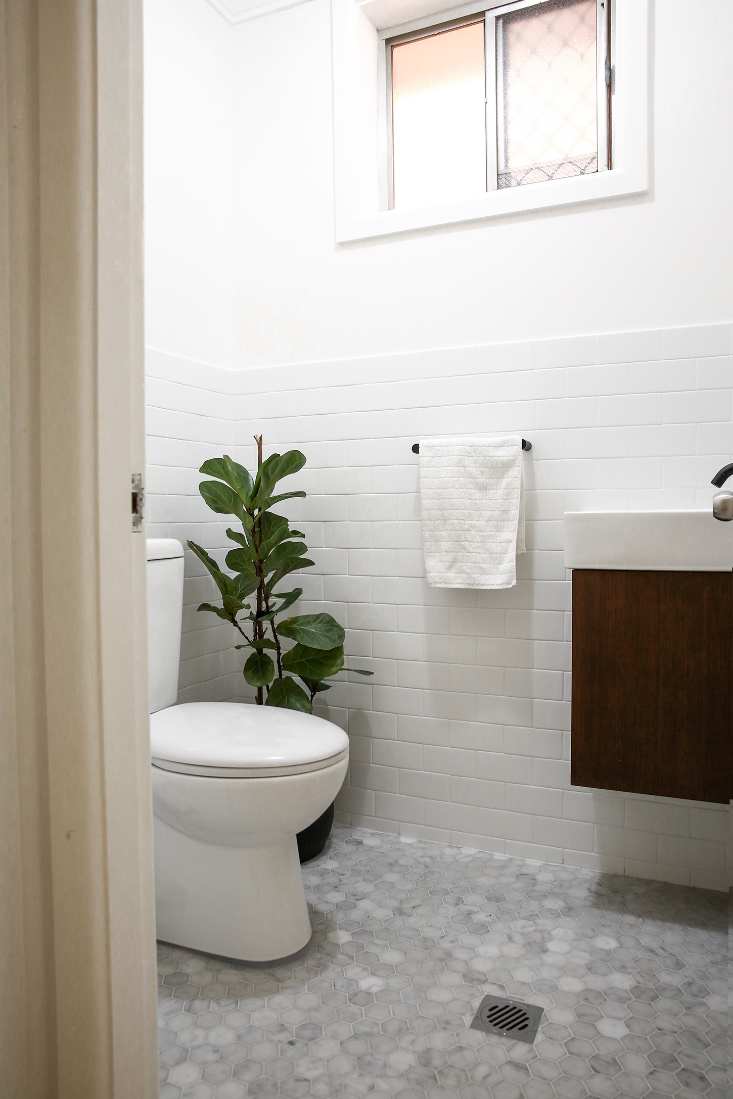 Our Bathroom Renovation Before After Mademoie A
