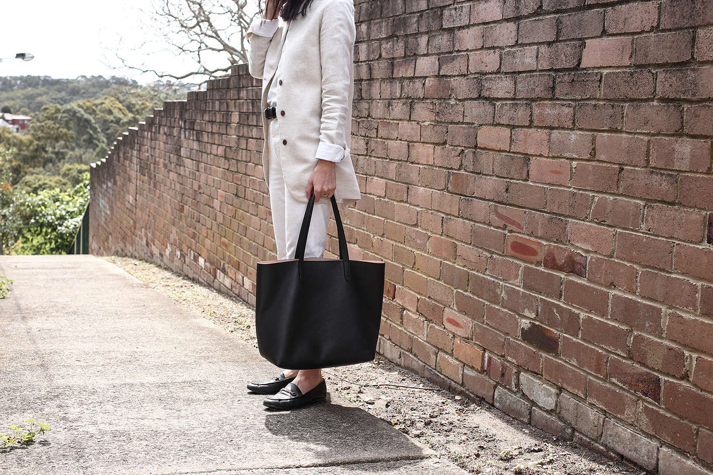 Cuyana Classic Structured Leather Tote Bag Review   Mademoiselle   A ... 9cb743f632